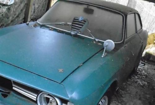1965-Alfa-Romeo-Giulia-Sprint-GT-1-576x390.md.jpg