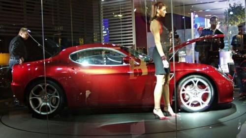 2006-49085-alfa-romeo-8c-competizione-at-paris-motor-show1.md.jpg