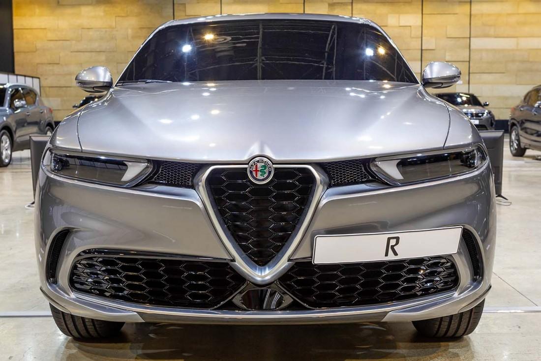 El espectáculo de las fotos del Alfa Romeo Tonale 2