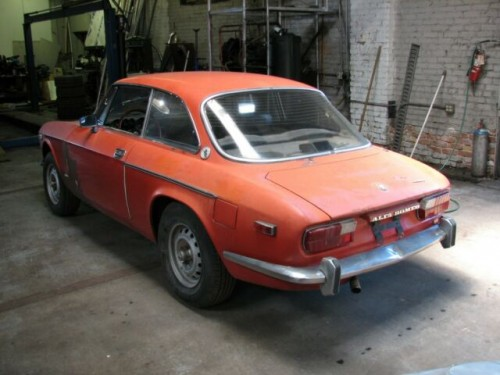 mama-mia-1973-gtv-garage-find-been-stored-for-25-yrs-5.md.jpg