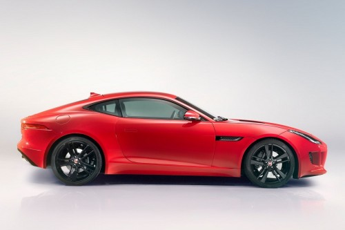 New-Jaguar-F-Type-Coupe-side.md.jpg