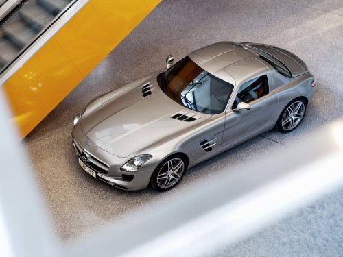 Mercedes-Benz-SLS_AMG-2011-1600-1a.md.jpg