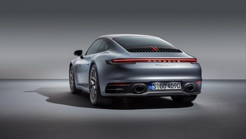 Porsche_911_Carrera_4S_2019_Back_view_Silver_color_557787_1280x720.md.jpg