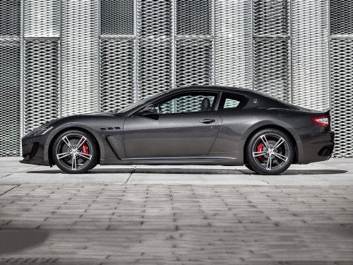 Maserati-GranTurismo_MC_02.md.jpg