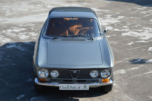 1975-Alfa-Romeo-GT-1300-Junior-0000977-21.md.jpg