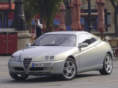 Alfa-Romeo_GTV_GTV-2.0-JTS-16V_Coupeh678.md.jpg