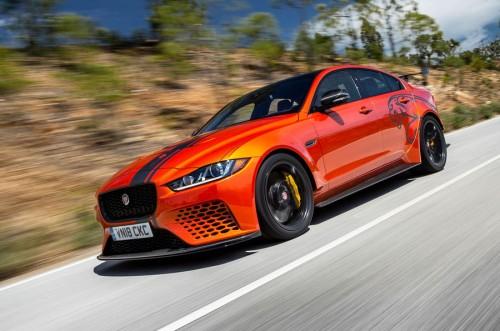 jaguar-xe-sv-project-8-2018-fd-review-1.md.jpg