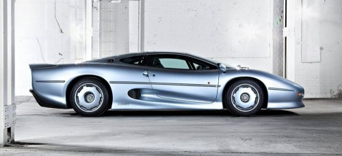 Jaguar-XJ220-1992-2016-02_1440x655c.md.jpg