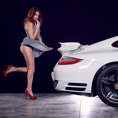 PorscheChicks---ShockerRacing-on-Instagram_-unlimitedrpm-with-a-Porsche-911-by-clayton_richards_ig-porschechicks-cargirls-carchicks-planet9-porschelife-rennlist.md.jpg