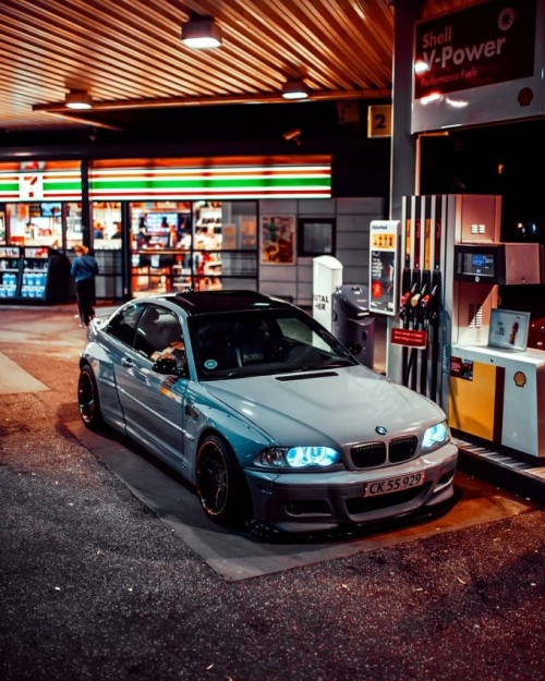 Mike-Crawat-on-Instagram_-Late-night-session-with-this-Pandem-E46-M3-.md.jpg