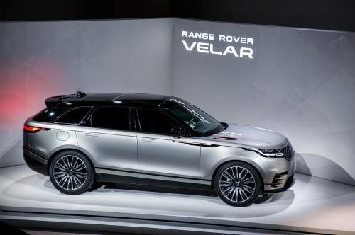 2018-Land-Rover-Range-Rover-Velar-side-profile-02.md.jpg