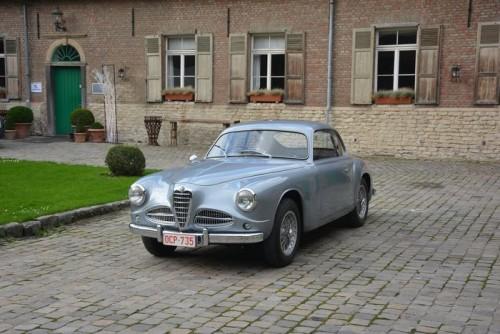 Alfa_Romeo_1900C-_touring_1.md.jpg