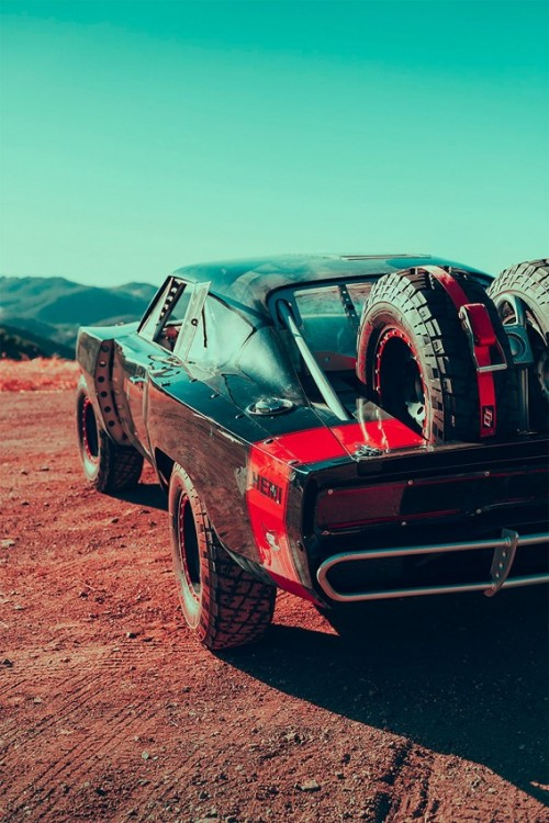 Dom-Torettos-Off-Road-Charger_-Photos-by-Webb-Bland-_-Inspiration-Grid.md.jpg