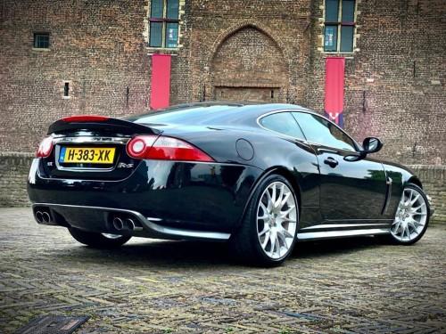 Jaguar-XKR-S-H-383-XK-hoofdfoto-achter.jpg