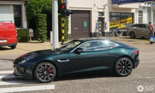 jaguar-f-type-s-awd-coupe-c479103082016160506_5.jpg